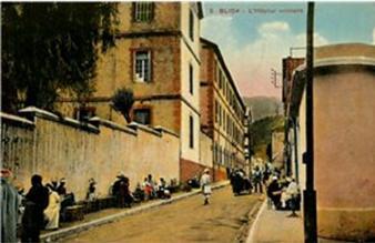 Blida rue et hopital militaire algerie vieille carte postale 1