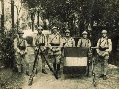 Groupe soldats marc