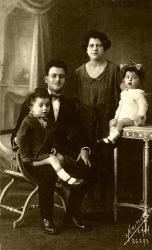 jacques-et-alice-abouav-valero-enfants.jpg