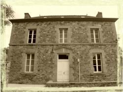 mouaze-mairie.jpg