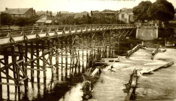 Pont de warcq reconstruit