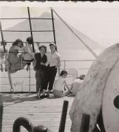 Solange 1955 devant le stromboli