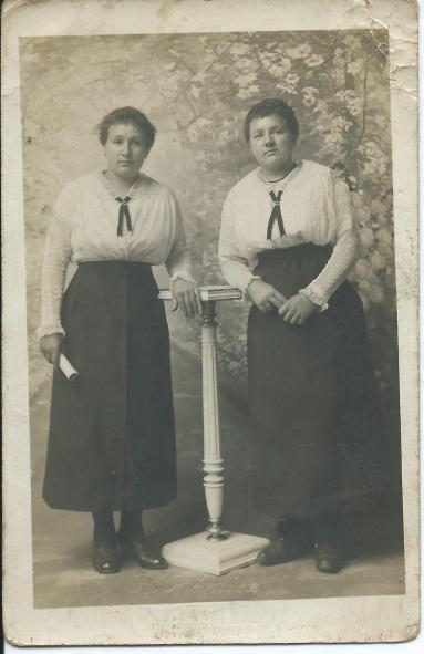 Stuarde et soeur
